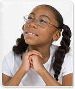 Portait of young girl wearing glasses